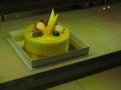 ホテルオークラ テイクアウト ケーキ